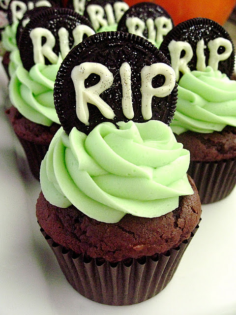 Cookies & Cream Tombstone Cupcakes - Your Cup of Cake