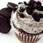 Oreo Crumb Cupcakes