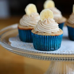 Banana Cupcakes with Nutella Centers