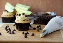 Apple Cookie Dough Cupcakes
