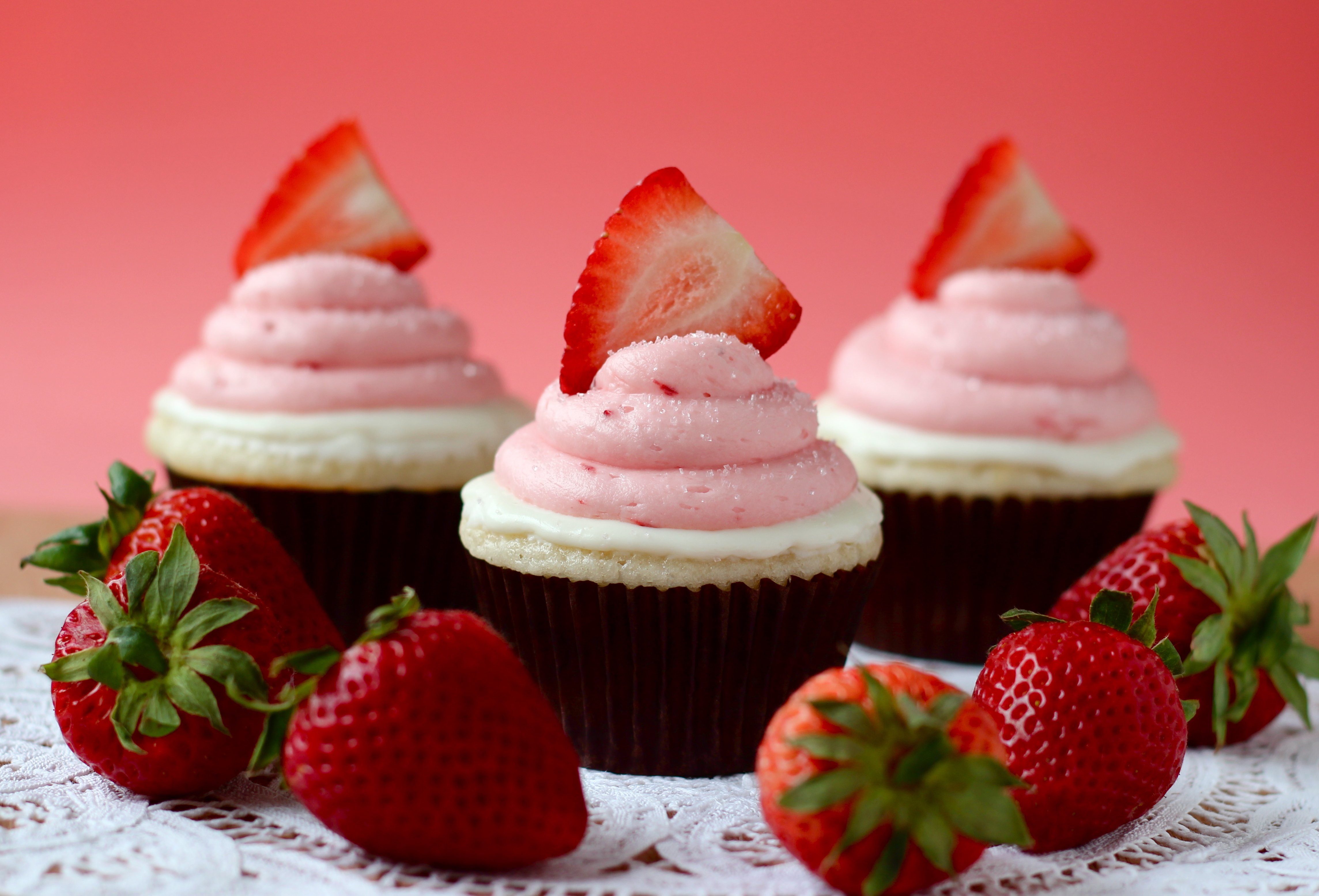 Strawberry White Chocolate Cupcakes Your Cup Of Cake