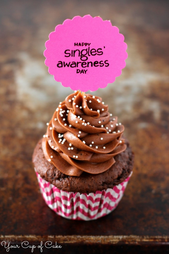 Happy Singles Awareness Day Cupcake
