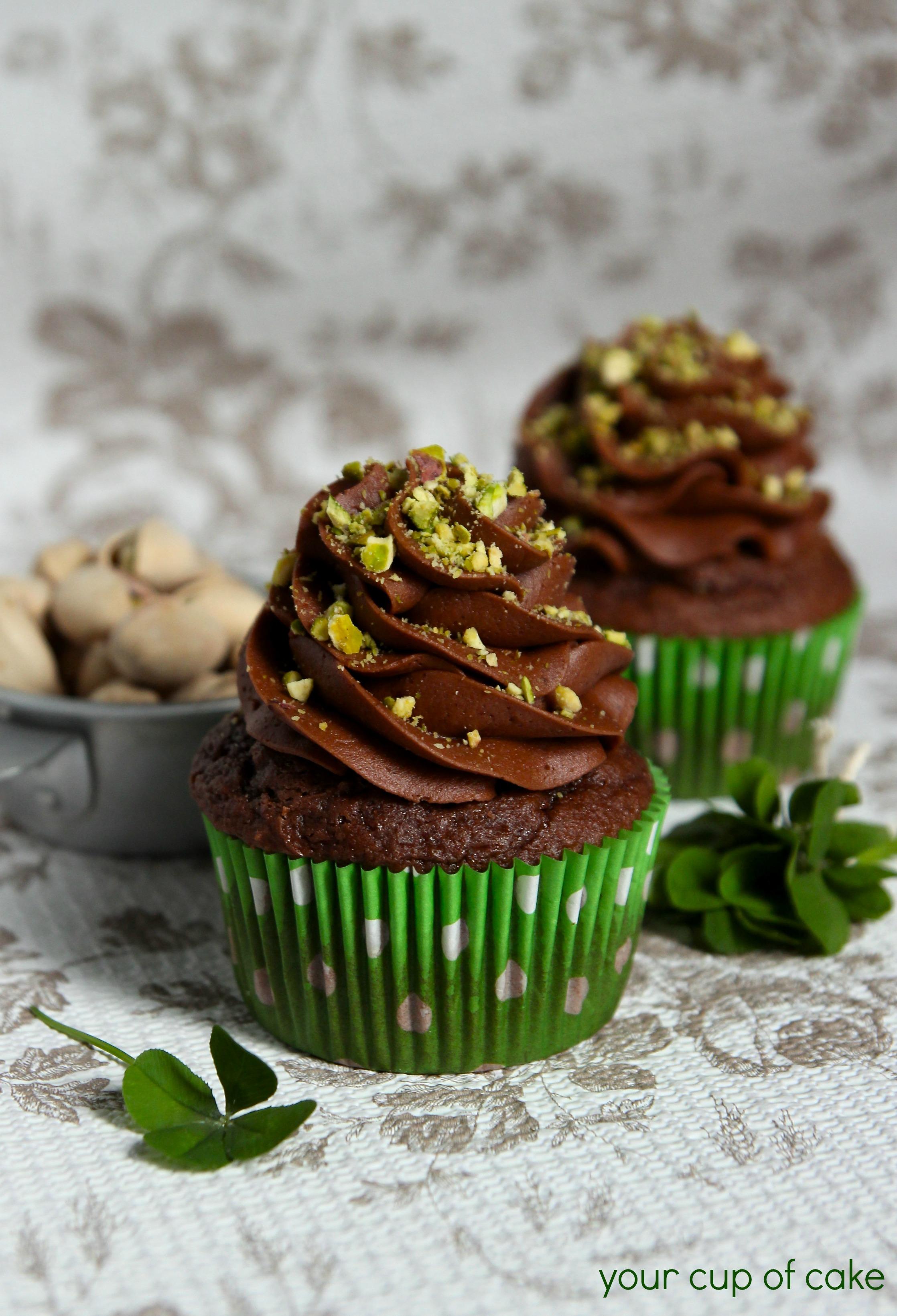 ... pistachio raspberry and pistachio pistachio cupcakes with pistachio