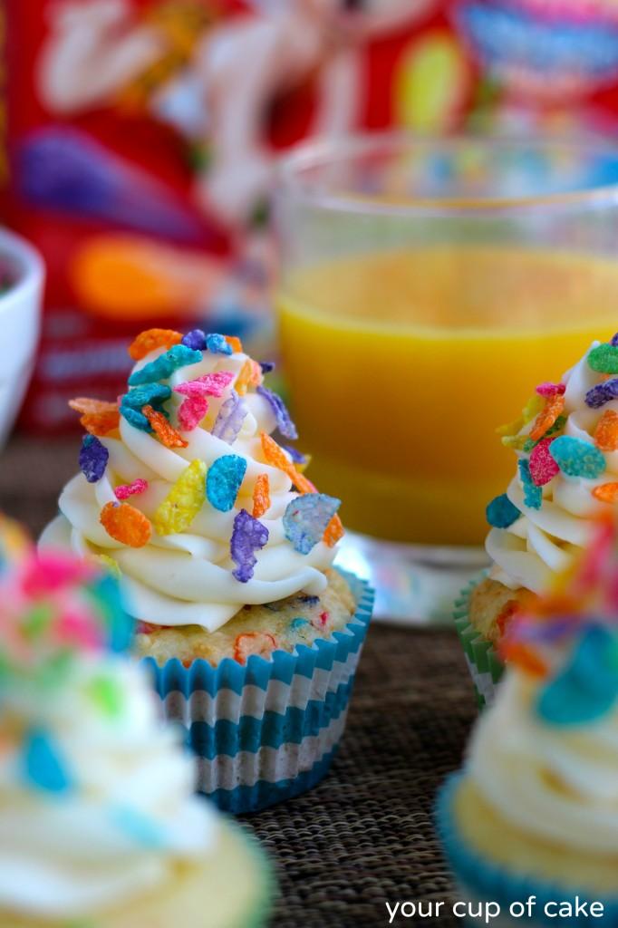 Fruity Pebble Confetti Cupcakes
