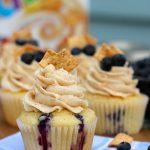 Blueberry Cinnamon Toast Crunch Cupcakes