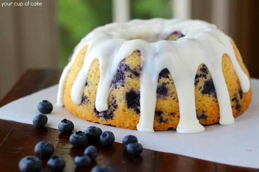 banana blueberry bundt cake