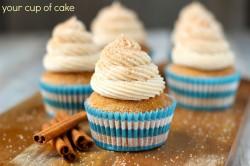 Pumpkin Snickerdoodle Cupcake