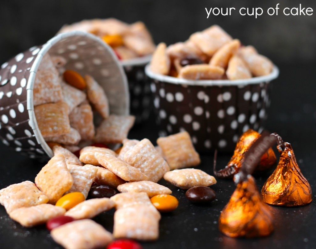 Pumpkin Muddy Buddies recipe