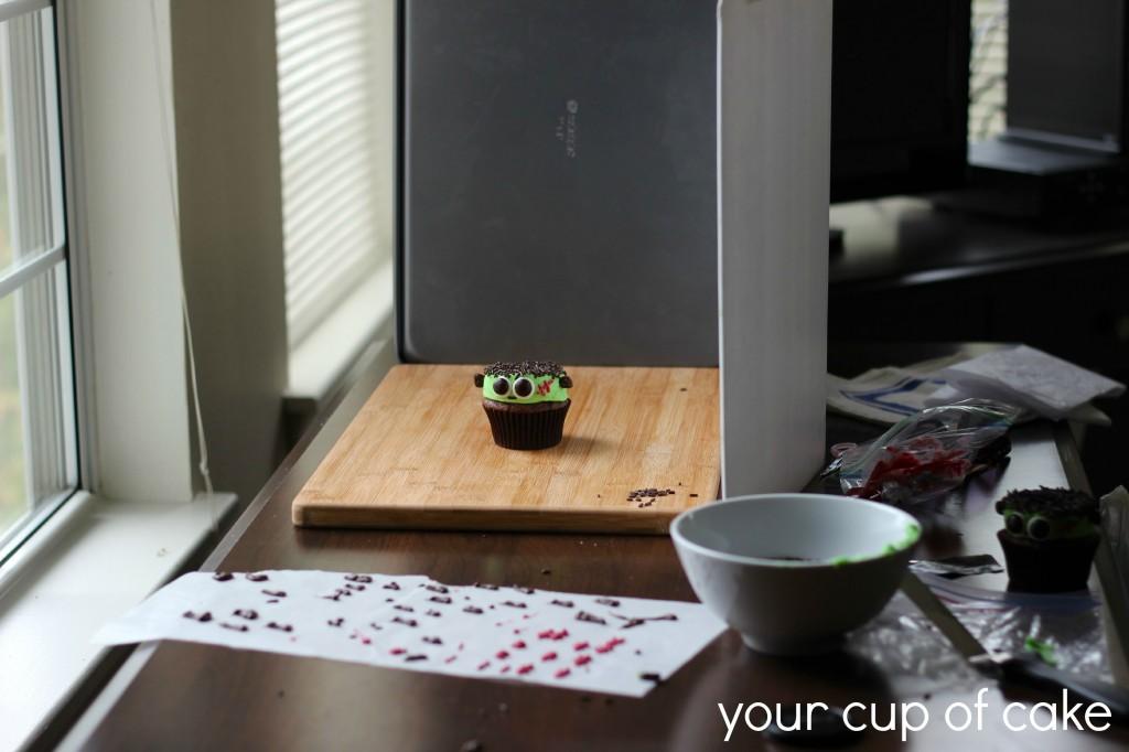 cupcake photography set up