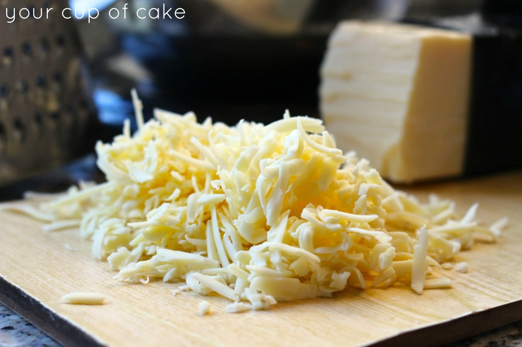 white cheddar mac n cheese