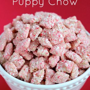 Peppermint Bark Puppy Chow [Muddy Buddies]