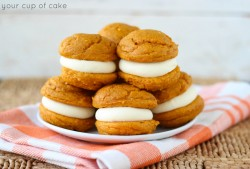 Pumpkin Cheesecake Oreos