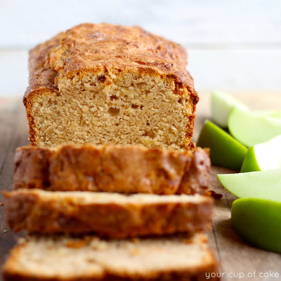 Apple Snickerdoodle Quick Bread