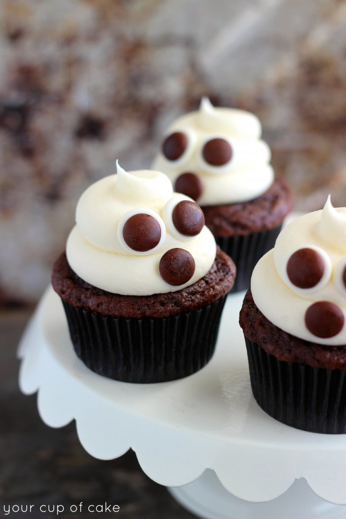 Easy Ghost Cupcake