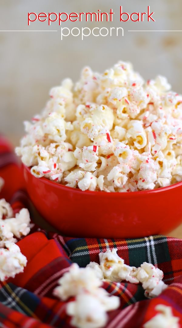 Christmas Peppermint Bark Popcorn