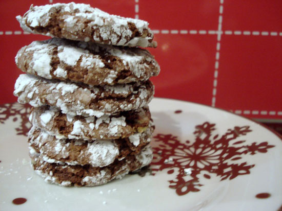 Snow Dusted Mint Chocolate Cookies | Dessert Now Dinner Later