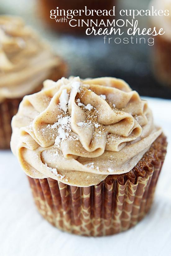 Gingerbread Cupcakes with Cinnamon Cream Cheese Frosting | Crème de la Crumb