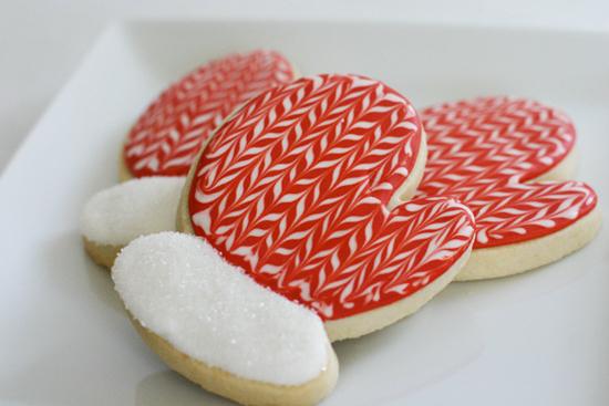 Mitten Cookies | Bee in our Bonnet