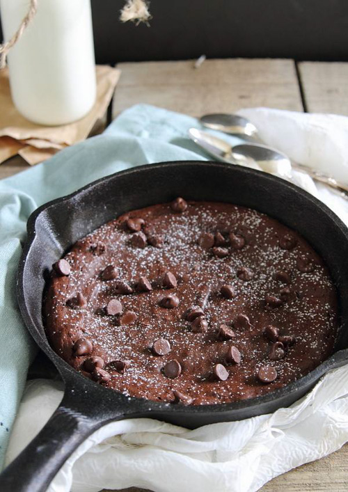 Fudgy Paleo Skillet Cookie | Running to the Kitchen