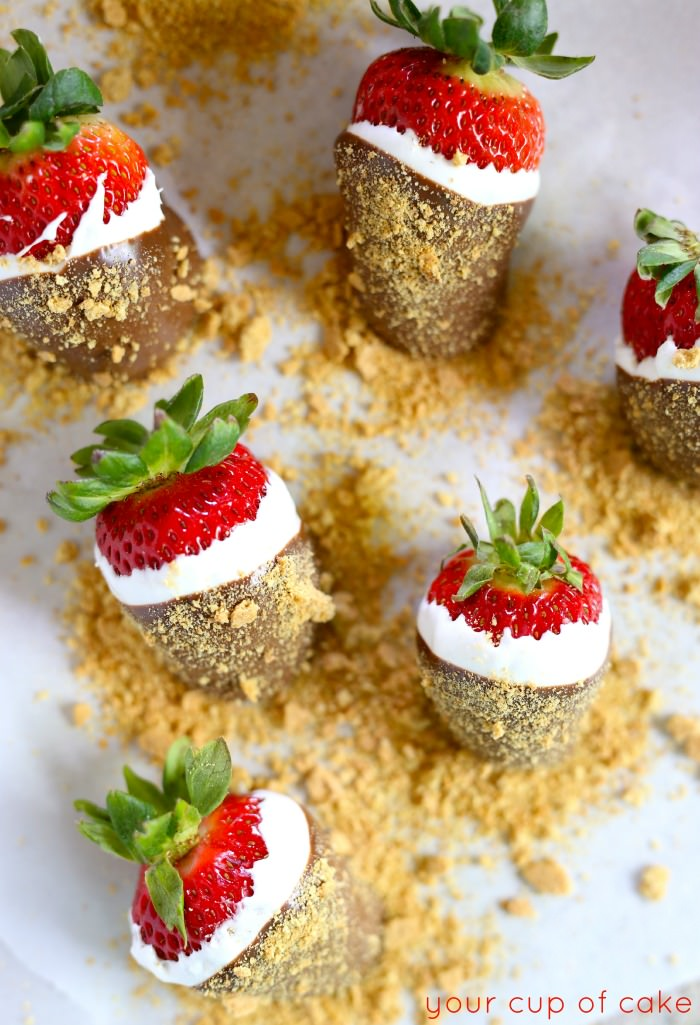 These S'mores Strawberries may be the greatest thing on earth.