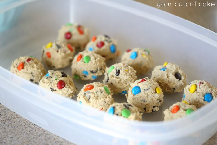 Chewy M&M Cookies baked with oatmeal and chocolate chips. These are perfect for after school or a long day at work!