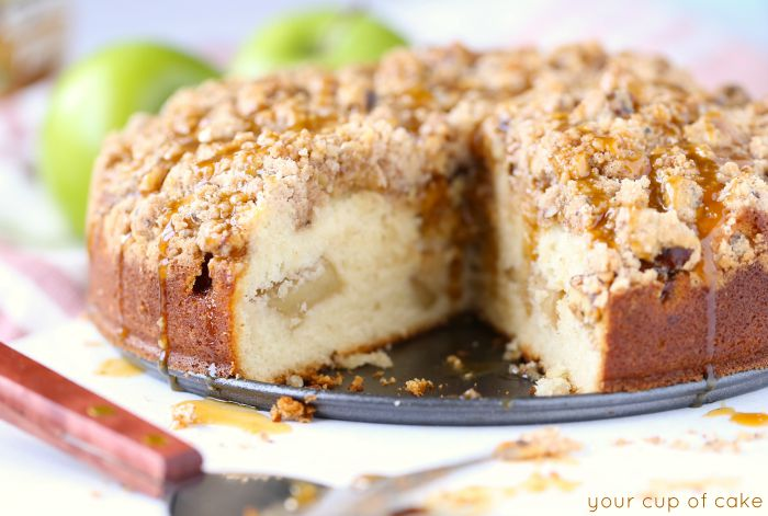 Gooey Apple Coffee Cake