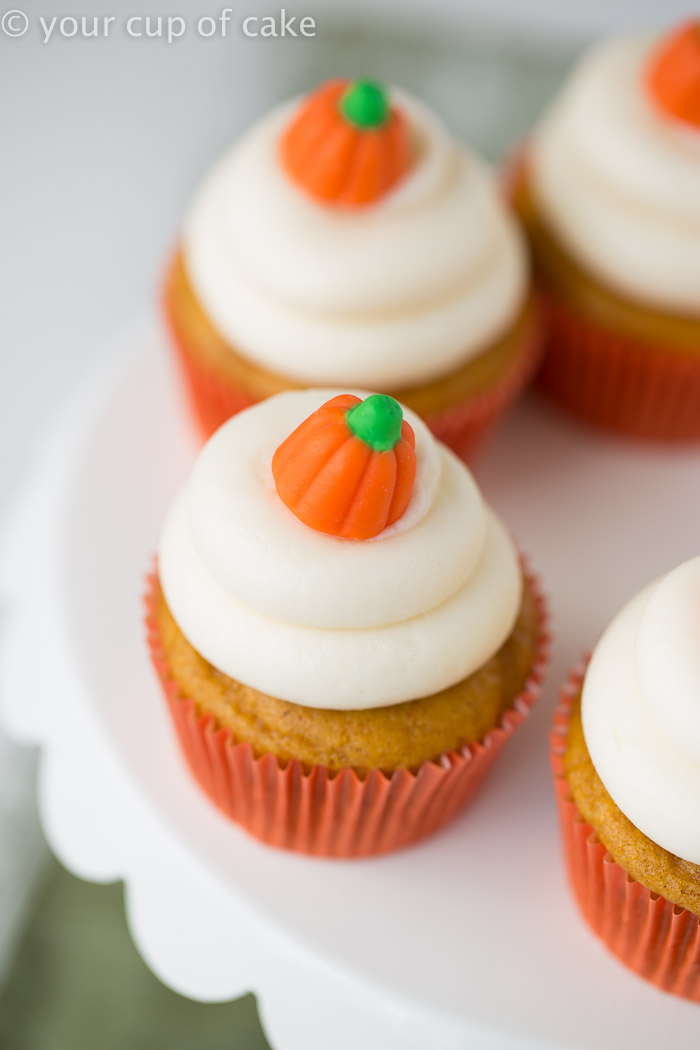 classic pumpkin cupcakes - your cup of cake