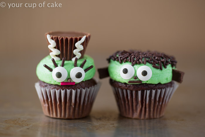 Frankenstein and his wife mini cupcakes!