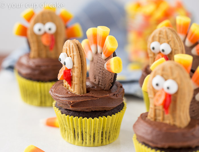 Use Oreos and Nutter Butters to make cute Thanksgiving Cupcakes