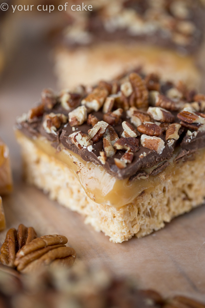 Turtle Rice Krispie Treats with caramel and pecans, yum!