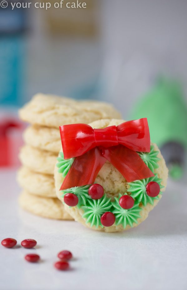 How to make adorable Christmas Wreath Cookies! So easy!