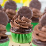 Thin Mint Fudge Cupcakes