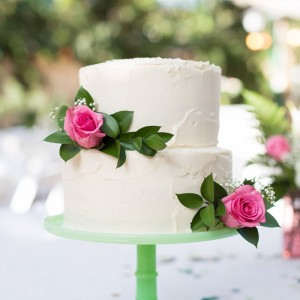 DIY wedding cake, all the baker tricks you need to know to make a wedding cake!