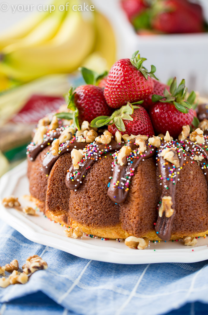 Banana Split Bundt Cake for all your summer parties! This recipe is incredible!