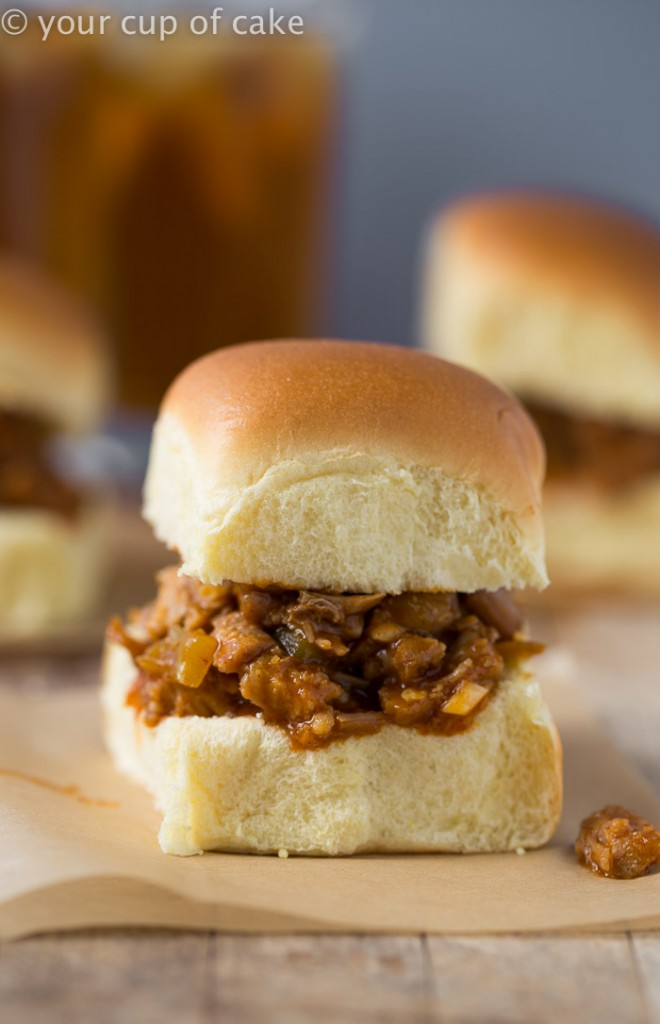 Crock Pot Sweet Pulled Pork Sliders