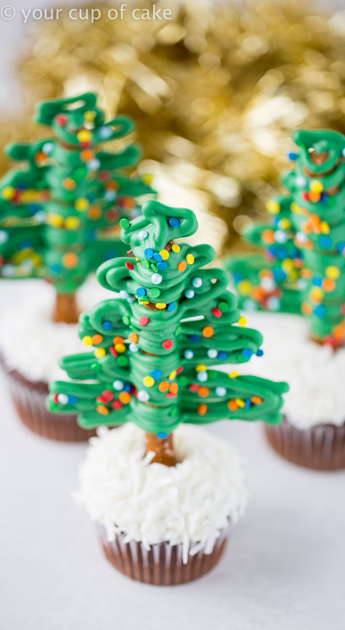 Easy Christmas Tree Cupcakes - Your Cup of Cake