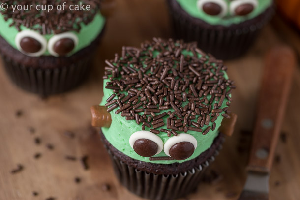 Easy Frankenstein Cupcakes to decorate