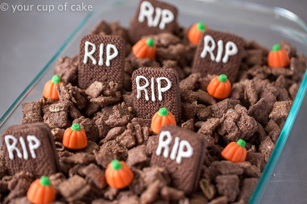 Graveyard Muddy Buddies the easiest Halloween treat to make