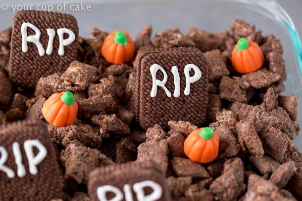 Halloween Puppy Chow Graveyard Muddy Buddies