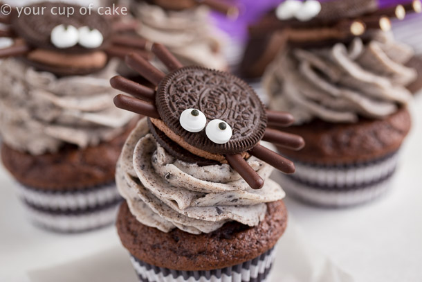 Cute Oreo Spiders for Halloween with Cookies and Cream Cupcakes