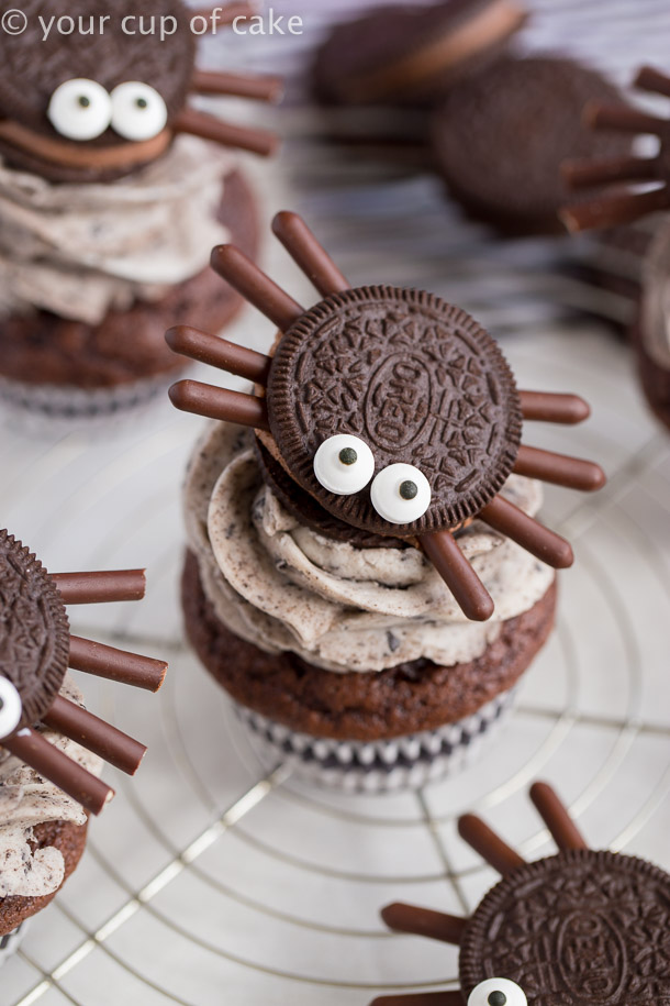 Halloween Oreo Spider Cupcakes Easy Spooky Spiders Your