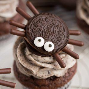 How to make Halloween Oreo Spider Cupcakes