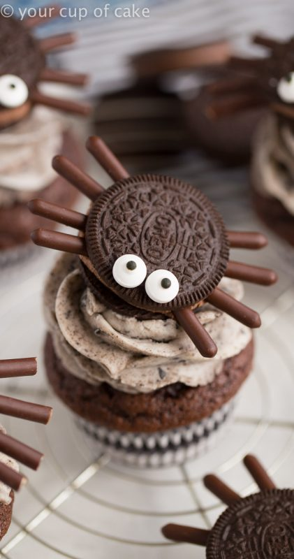 How to make Halloween Oreo Spider Cupcakes