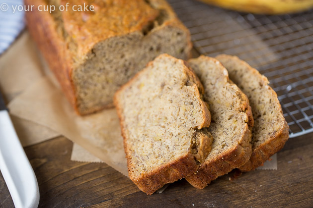 Skinny Banana Bread recipe with low sugar and low fat!