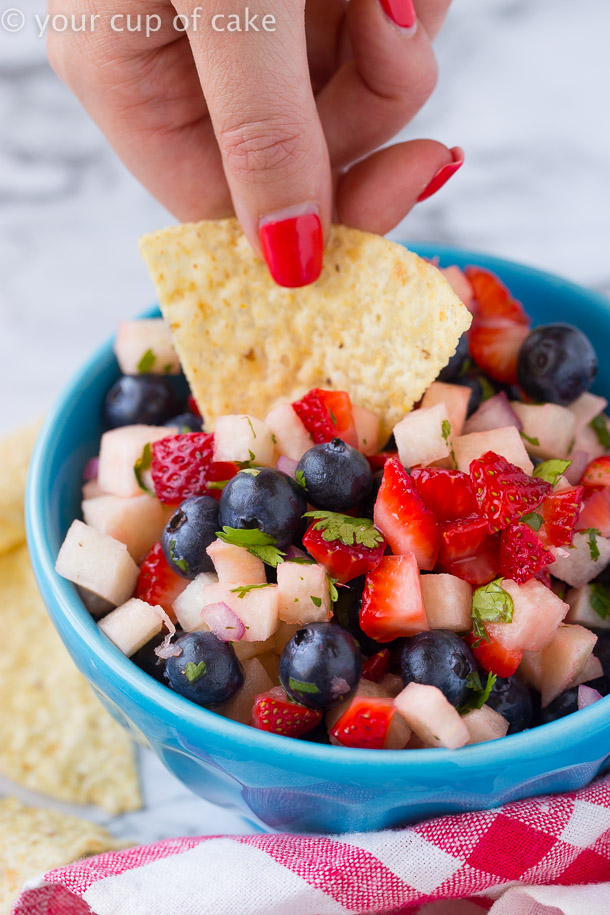 4th of July Fruit Salsa for the perfect patriotic appetizer