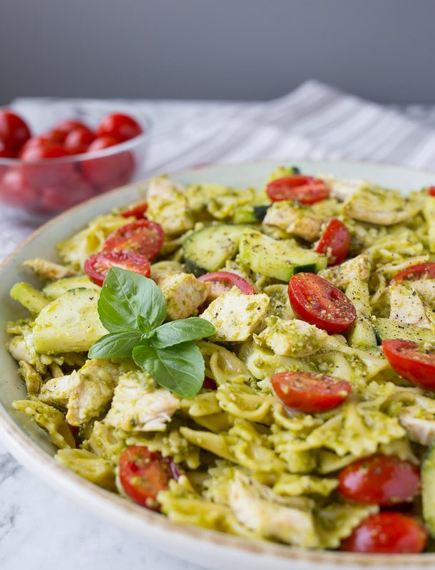 Everyone LOVES when I bring this 5 Ingredient Summer Pesto Pasta to parties!