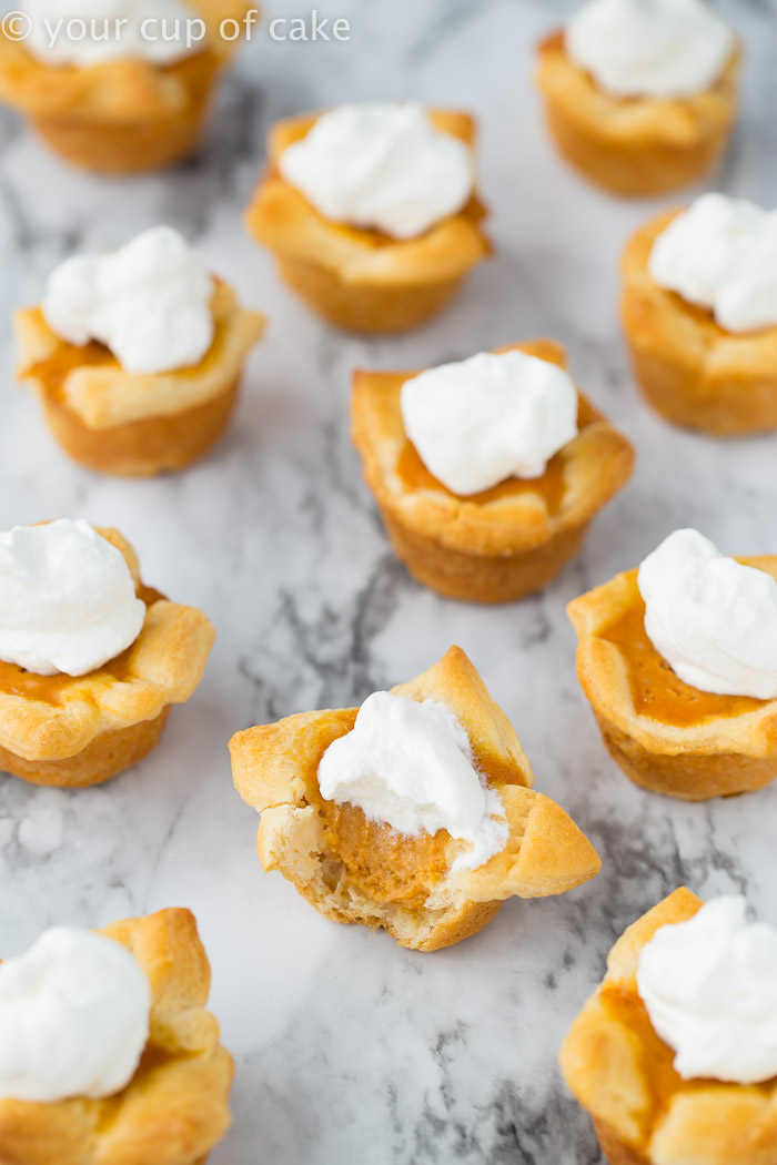 Pumpkin Pie Poppers AKA Mini Pumpkin Pies