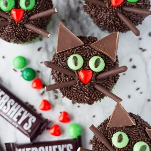 Black Cat Halloween Cupcakes for kids