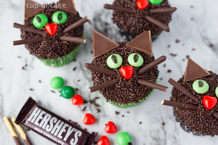 Cute Halloween Dessert Black Cat Halloween Cupcakes