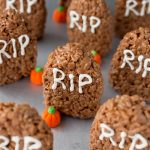 Tombstone Rice Krispie Treats for Halloween